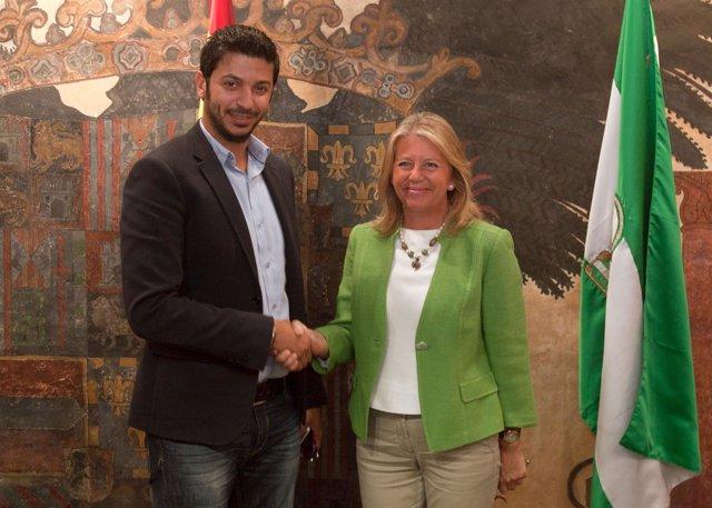 Moayad Shatat, del Grupo Al-Thani, y la alcaldesa de Marbella