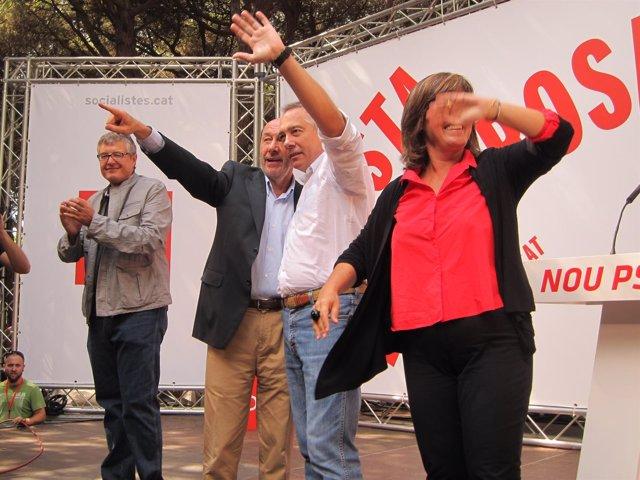 Rubalcaba Y Miembros Del PSC En La Festa De La Rosa