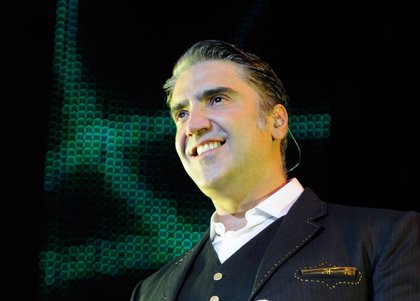 Alejandro Fernández llega al Número 1