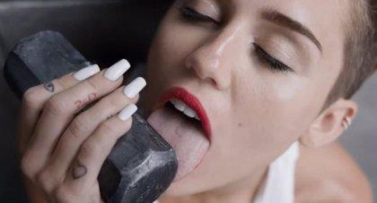 El sugerente vídeo de Miley Cyrus bate el récord de visitas en Youtube