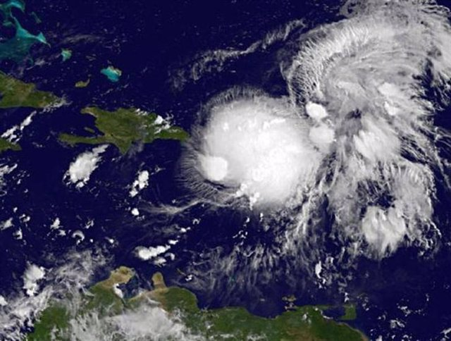 Imagen satelital del paso de la tormenta tropical Gabrielle difundida por la Adm