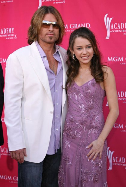 "Billy Ray Cyrus: ""su interpretación refleja su gran talento"""