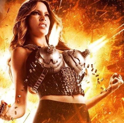 Sofía Vergara dispara con sus pechos en el nuevo avance de 'Machete Kills'