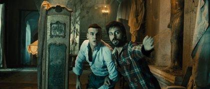Mario Casas y Hugo Silva pasan miedo en 'Las Brujas de Zugarramurdi'