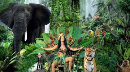 Katy Perry recibe críticas de PETA por los animales utilizados en el clip de 'Roar'