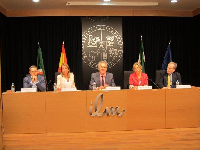 Presentación Del Informe GEM En Cáceres