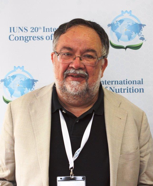 Imagen del profesor Nedergaard durante su presencia en el Congreso de Nutrición