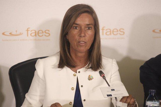 Ministra de Sanidad, Ana Mato
