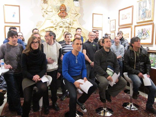 Representantes de asociaciones cannábicas de Catalunya