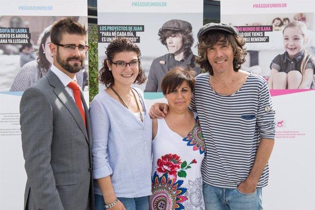 Imagen de los expertos y Suárez en la presentación de la campaña