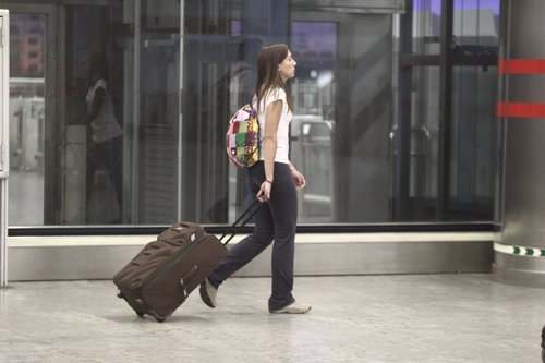 Recurso gente con maletas, viajeros