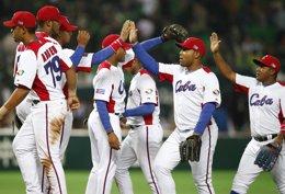Jugadores del equipo nacional cubano de béisbol durante el mundial de Japón 2013