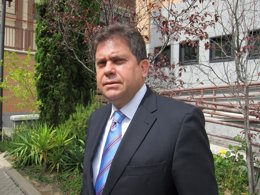 Alejandro González, embajador de Cuba