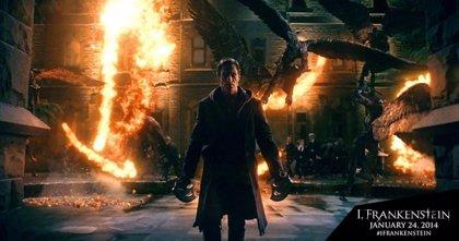 Aaron Eckhart en el nuevo cartel de 'I, Frankenstein'