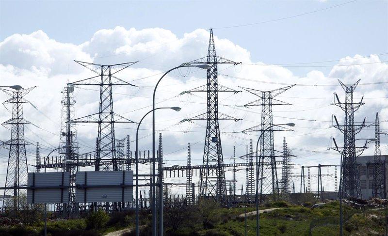 La emisión de la deuda eléctrica se colocó con intereses del 3,37%