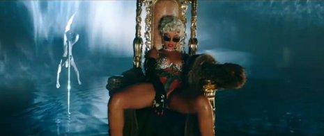 Pour it up' es el nuevo videoclip de Rihana