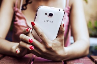 Woxter presenta su primera gama de 'smartphones' Z