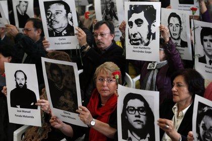 Bachelet fue interrogada por el ex jefe de la Policía Secreta de Pinochet