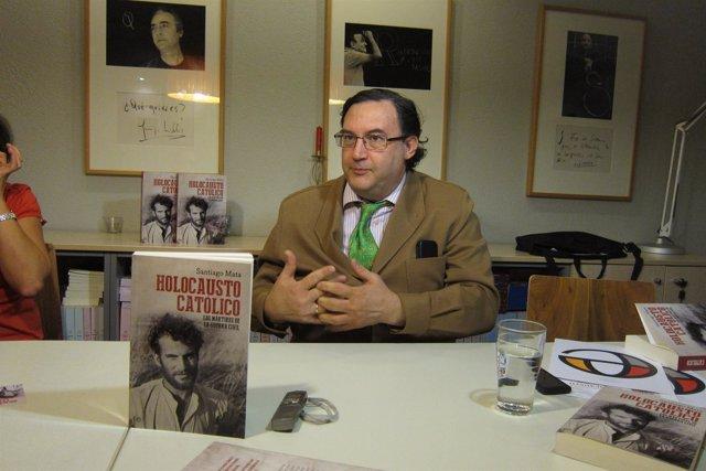 Santiago Mata, autor de 'Holocausto Católico'