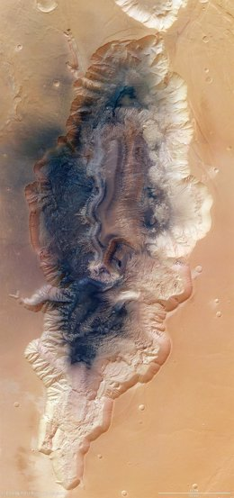 Imagen de la garganta de Hebes Chasma tomada por la ESA