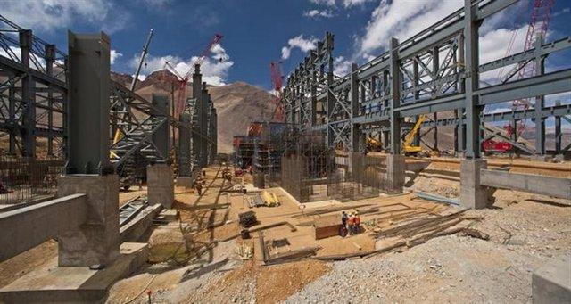Obras en construcción del megaproyecto minero Pascua-Lama