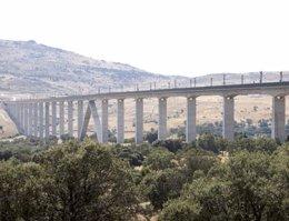 Línea AVE Madrid-Valladolid, viaducto
