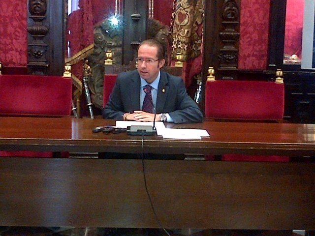 El concejal de Economía en el Ayuntamiento de Granada, Francisco Ledesma.