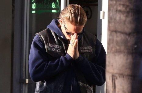 Por qué nos arrepentiremos de haber rechazado a Charlie Hunnam