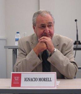 El catedrático de Hidrogeología de la UJI Ignacio Morell durante el acto.
