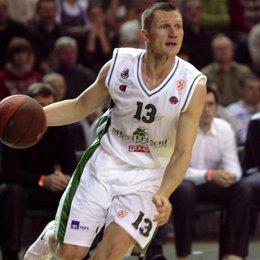 El jugador lituano Rimantas Kaukenas