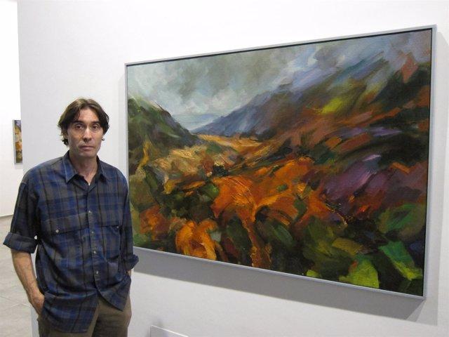 El pintor murciano Carlos Pardo, en su exposición
