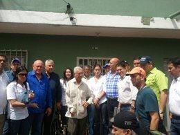 Diputados opositores en la casa de Maduro en Colombia