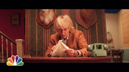 Edward Norton haciendo de Owen Wilson