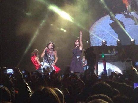 Aerosmith comparte escenario con Gloria Trevi en México