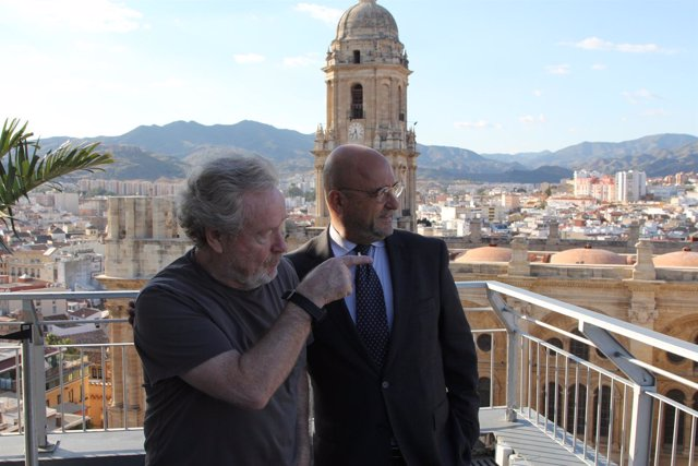 Ridley Scott y Carlos Rosado