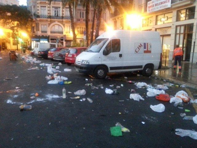 Residuos en la Plaza de la Reina de Valencia