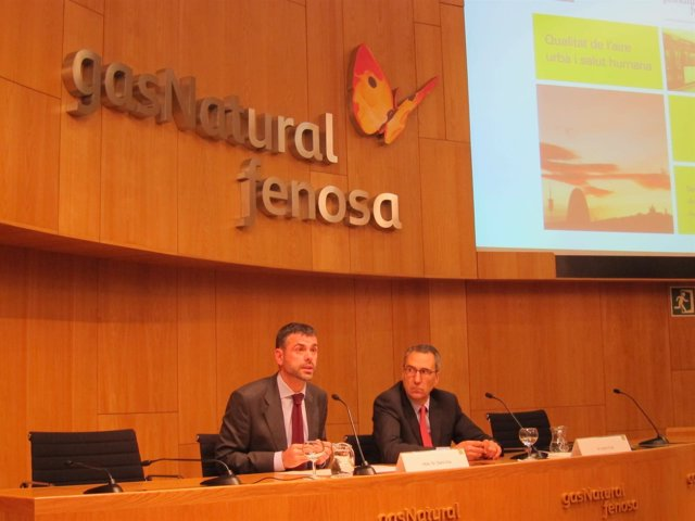 El conseller Santi Vila y Martí Solà (Gas Natural Fenosa)