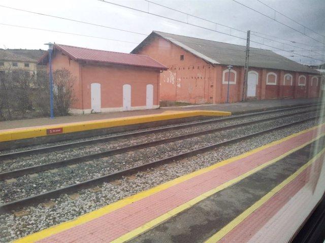 Tren, Estación Alar Del Rey