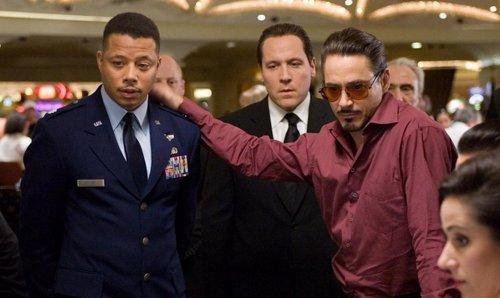 Terrence Howard y Robert Downey Jr. EN IRON MAN