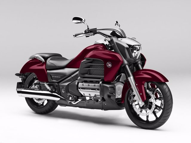 Honda presenta tres nuevas motos para el mercado europeo