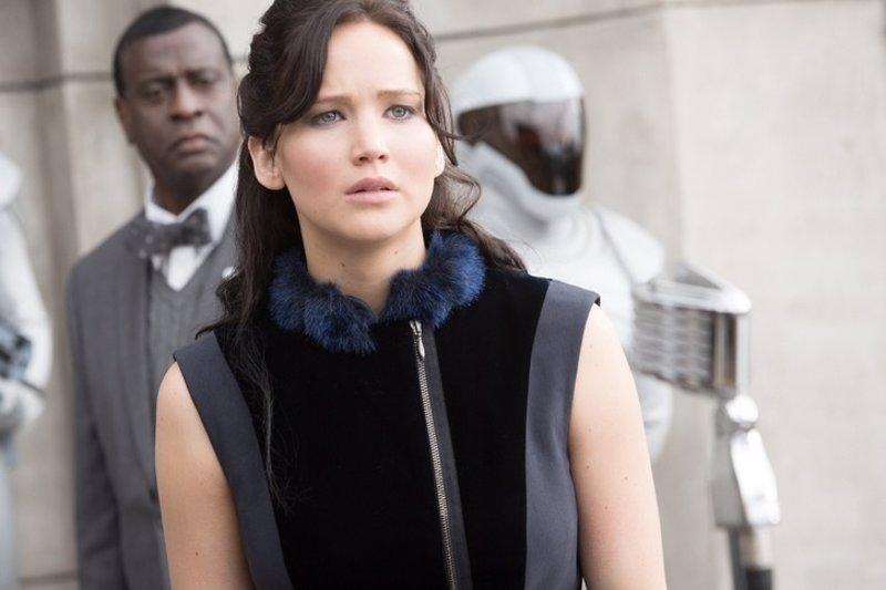 Critica De Los Juegos Del Hambre En Llamas Katniss Y Los Albores