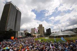 Venezuela.- Miles de personas marchan por las principales ciudades contra el Gobierno de Maduro