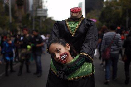 Los zombies invaden México DF