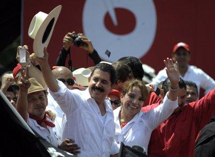 Honduras.- Zelaya señala que no acepta el resultado del TSE y que Castro es la presidenta de Honduras
