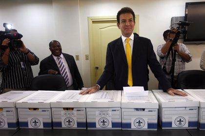 El candidato del Partido Anticorrupción denuncia coacciones en las mesas electorales