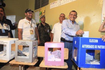 """El presidente de Honduras felicita a Hernández por su """"merecido triunfo electoral"""""""