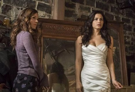 Witches of East End renovada por una segunda temporada