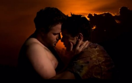 James Franco parodia a Kayne West y Kim Kardashian en Bound 2
