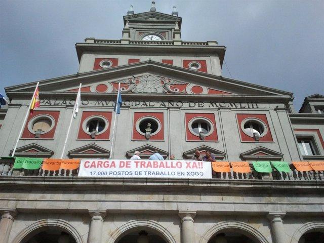 Trabajadores de Navantia mantienen un encierro en Ayuntamiento de Ferrol
