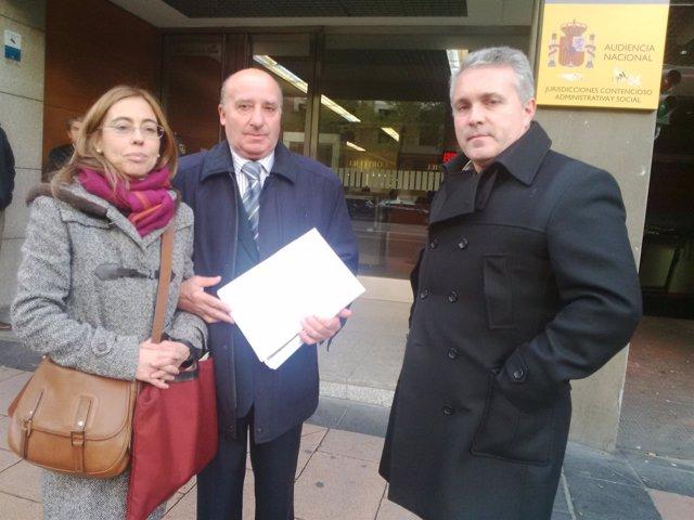 Consumidores de CyL se querellan contra Caja España